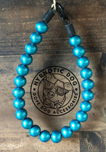 Load image into Gallery viewer, Teal Metallic Wooden Bead Collar
