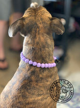 Load image into Gallery viewer, Lavender Wooden Bead Collar