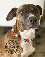 Load image into Gallery viewer, Holly Jolly Christmas Wooden Bead Collar