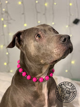 Load image into Gallery viewer, Hot Pink Spiked Bead Collar