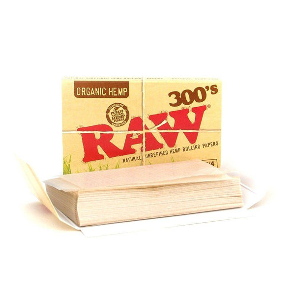 Raw 300s Rolling Papers - Head Hunters Smoke Shop