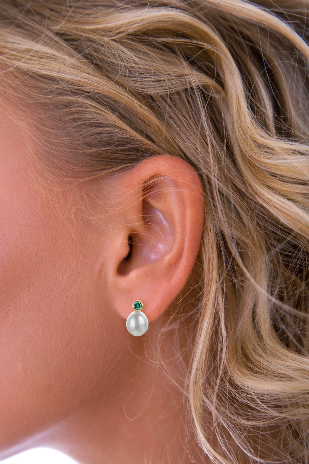Emerald & Pearl Earrings