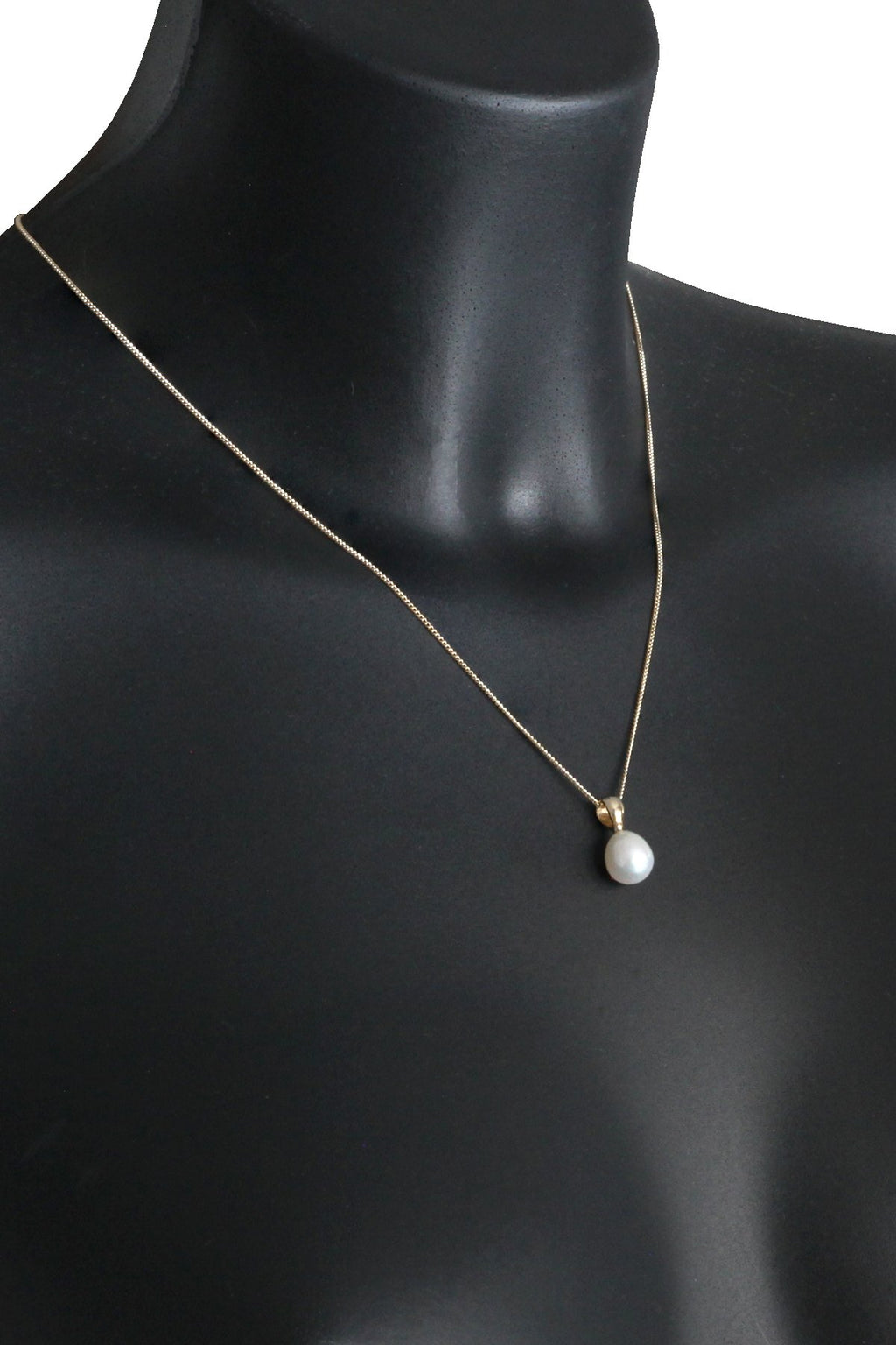Freshwater Pearl Gold Pendant
