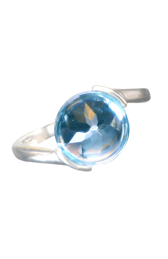 Blue Topaz Rock White Gold Ring