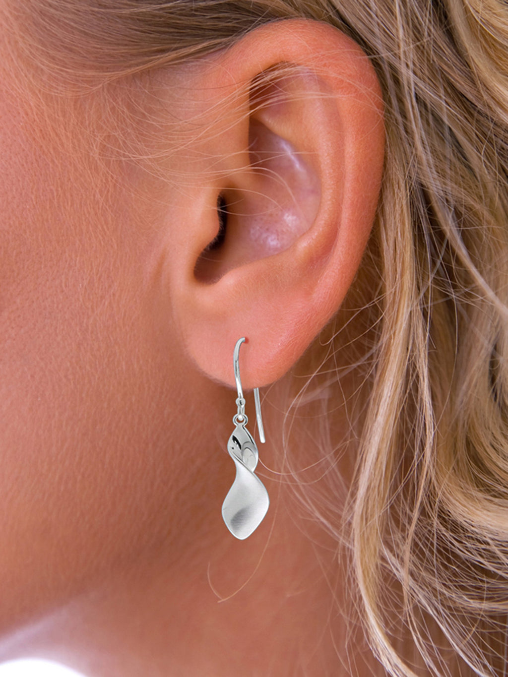 Pegasus twisted drop earrings
