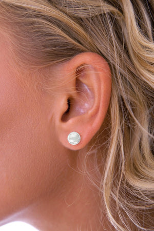Mother-of-Pearl Round Earrings