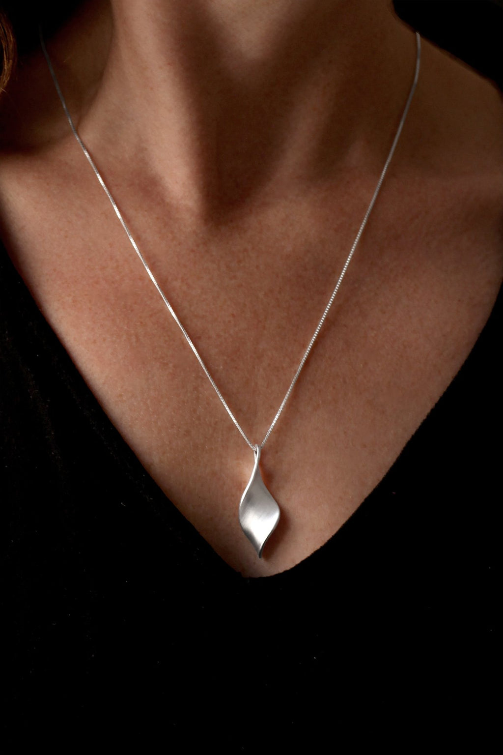 Brushed Silver Twist Pendant