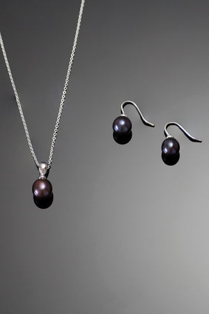Black Pearl Earrings & Pendant in Sterling Silver