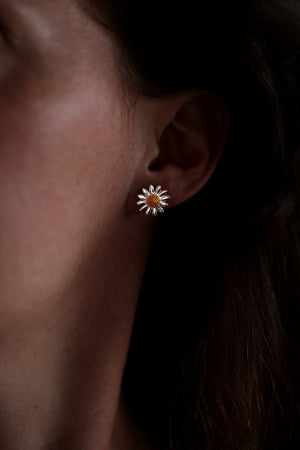 Polished Daisy Stud Earrings
