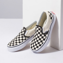 Load image into Gallery viewer, Vans Kids Classic Slip-On - Checkerboard Black/White