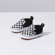 Load image into Gallery viewer, Vans Infant Slip-On Crib - Checker Black/True White