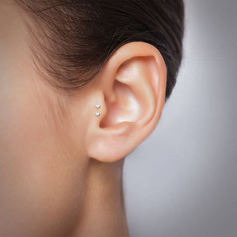 piercing surface tragus