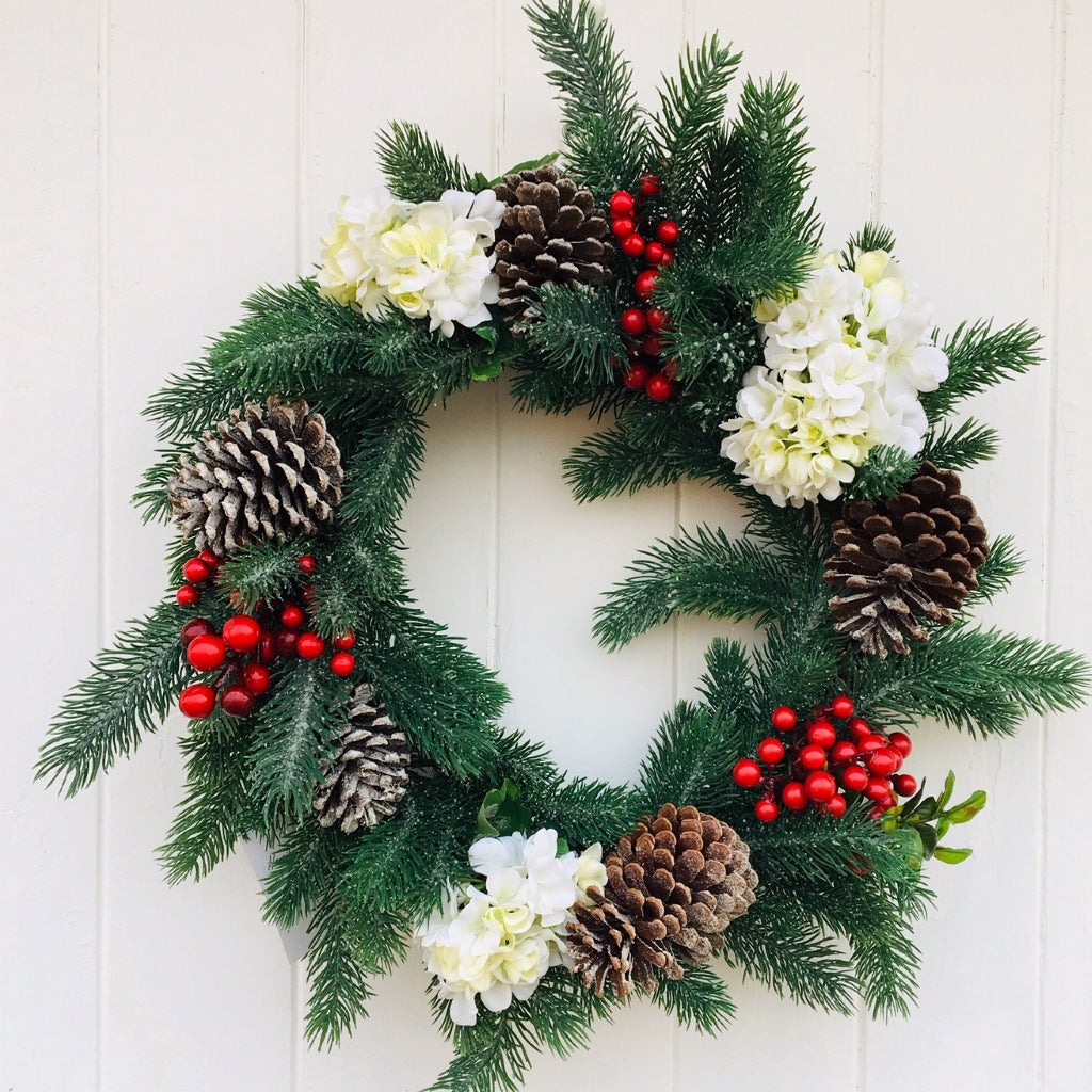 Wreath Christmas Merry Berry with 20 LED Fairy Lights