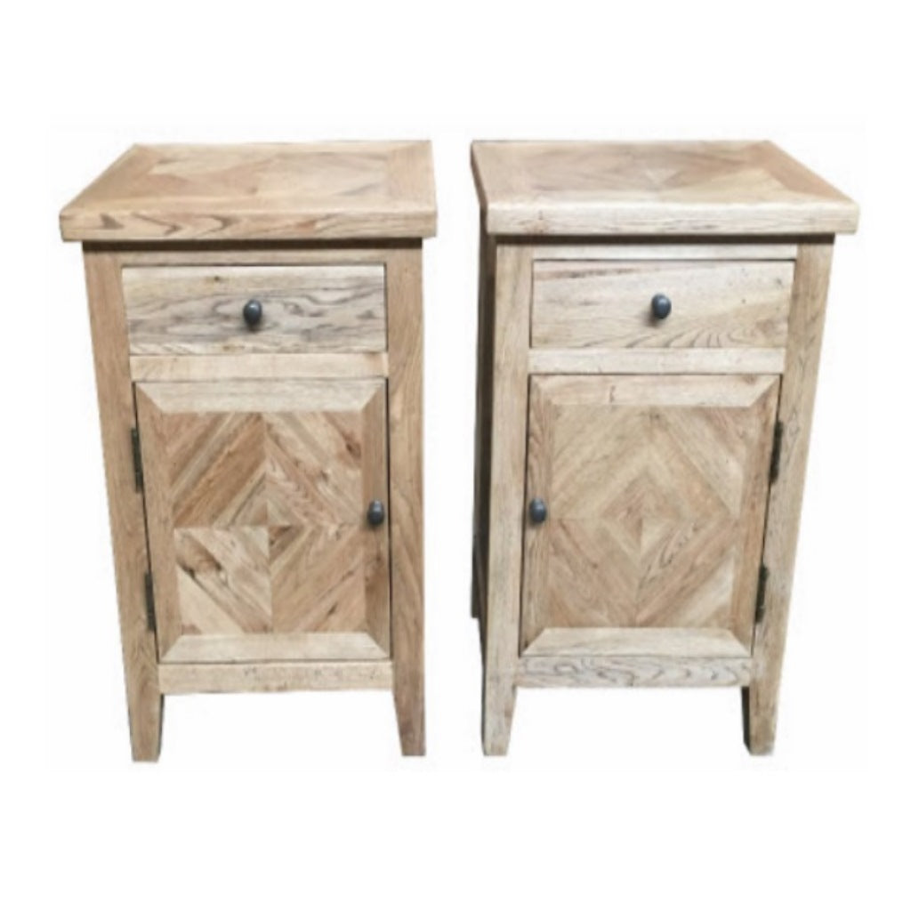 Queens Oak 1 Draw 1 Door BedSide Table