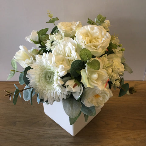 Table Centerpiece Floral White