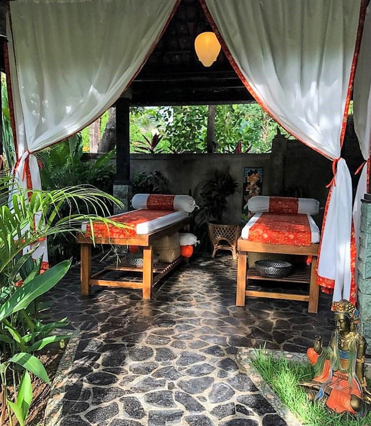 Balinese, Lomi-Lomi or Swedish Massage (90 minutes)