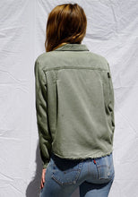 Load image into Gallery viewer, BELLA DAHL PATCH POCKET SHIRT