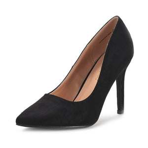 Tacones altos color negro