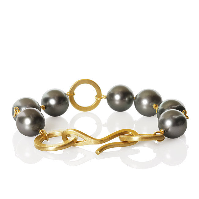 Anello Pearl Bracelet. Large with 1 row of Tahitian pearls.