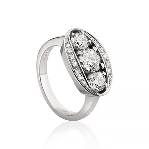 Halo ring med 17 brillanter. Hvidguld. Dulong Fine Jewelry
