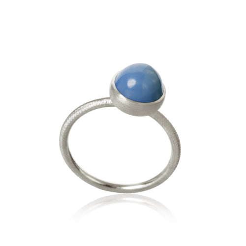 Pacific ring. Small top with blue opal.