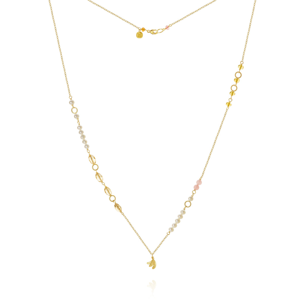 Piccolo Mellow necklace with Aura, sapphire peach, freshwater pearls, cetrin and guava quartz, 62 cm.