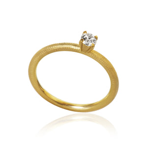 Lumina ring med 1 brillant 0,18. Guld 18K. Dulong Fine Jewelry