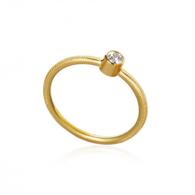 Twinkle ring med 1 brillant. I alt 0,13 ct. F/G, vs2.