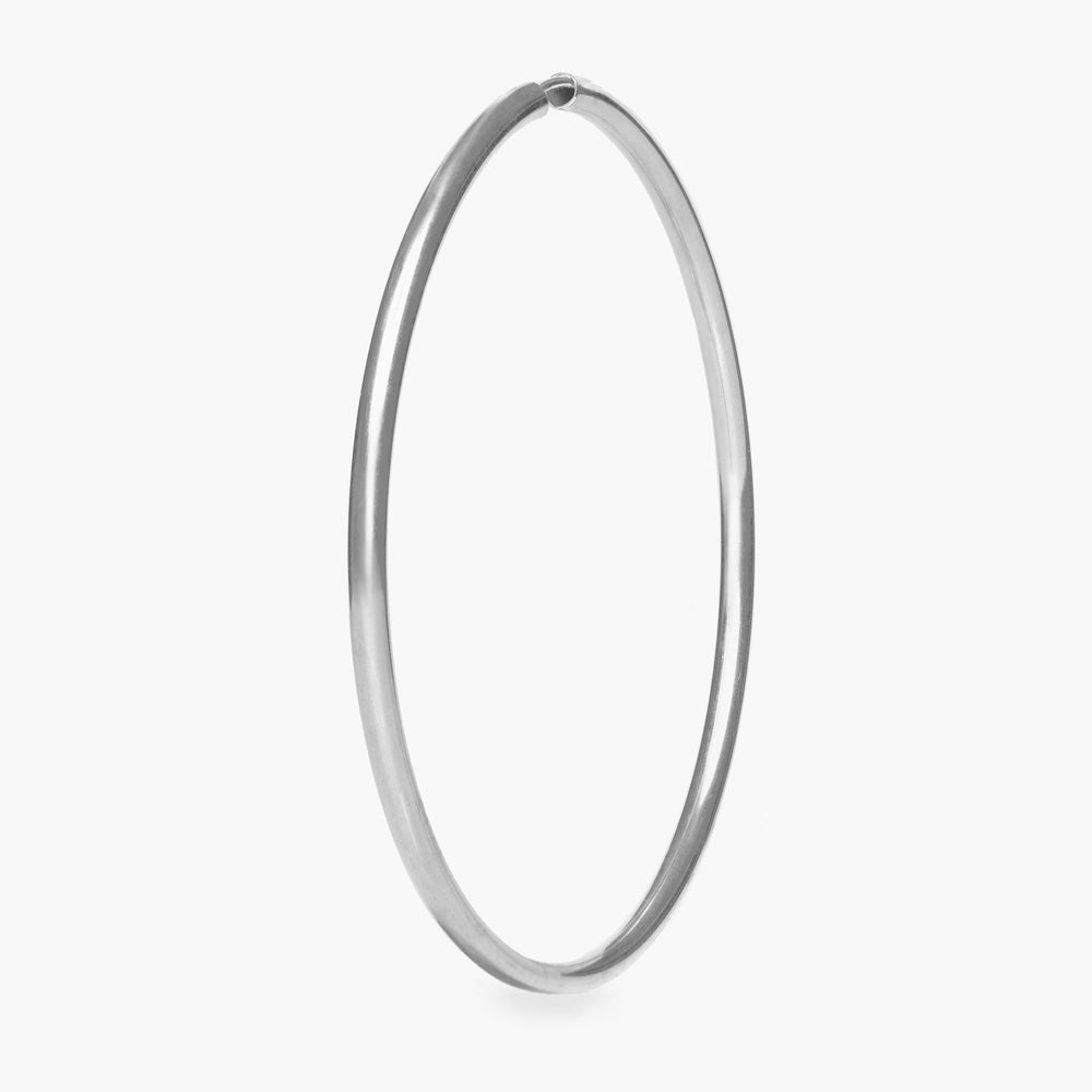 Large thin hoop. color:silver