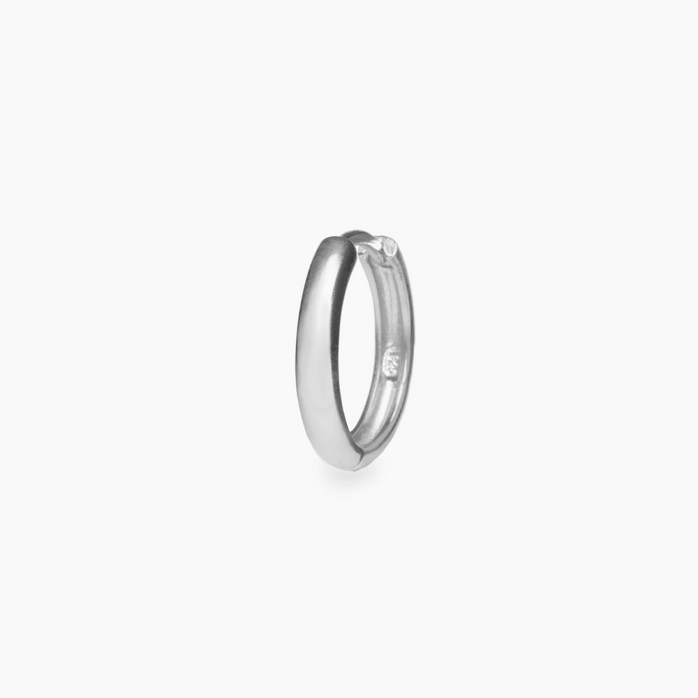 Simple chunky silver hoop. color:silver
