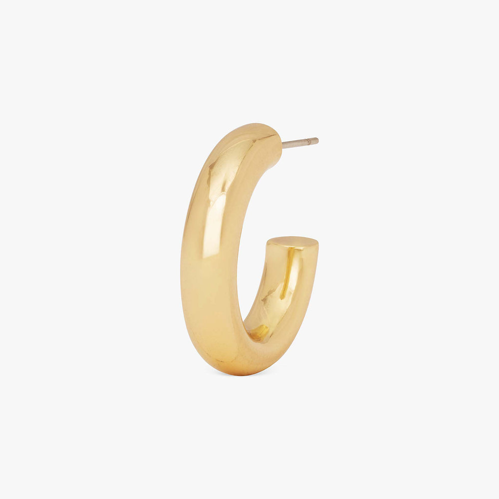 Tube-like medium hollow hoops. color:gold