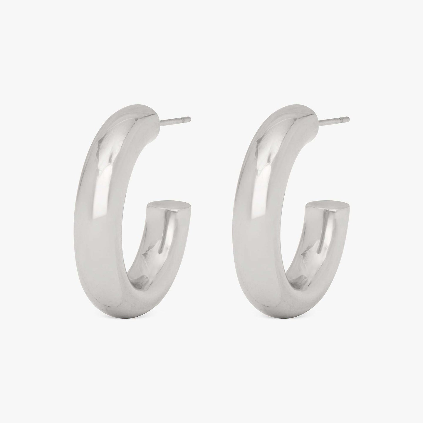Tube-like medium hollow hoops. [pair] color:silver