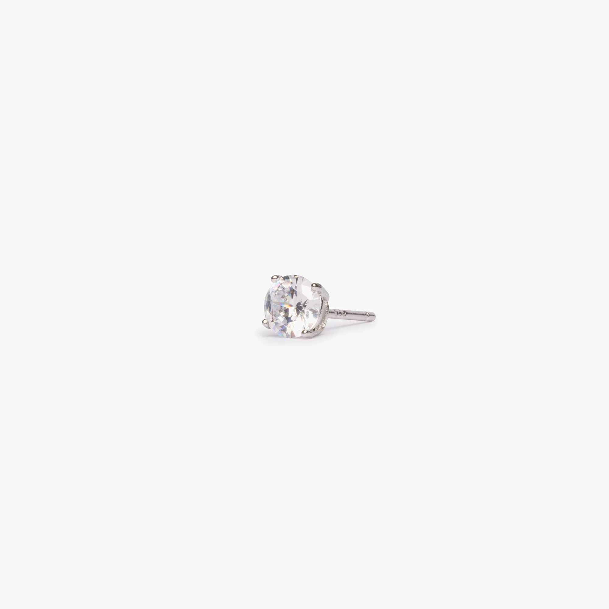 Large CZ stud measuring 5mm.