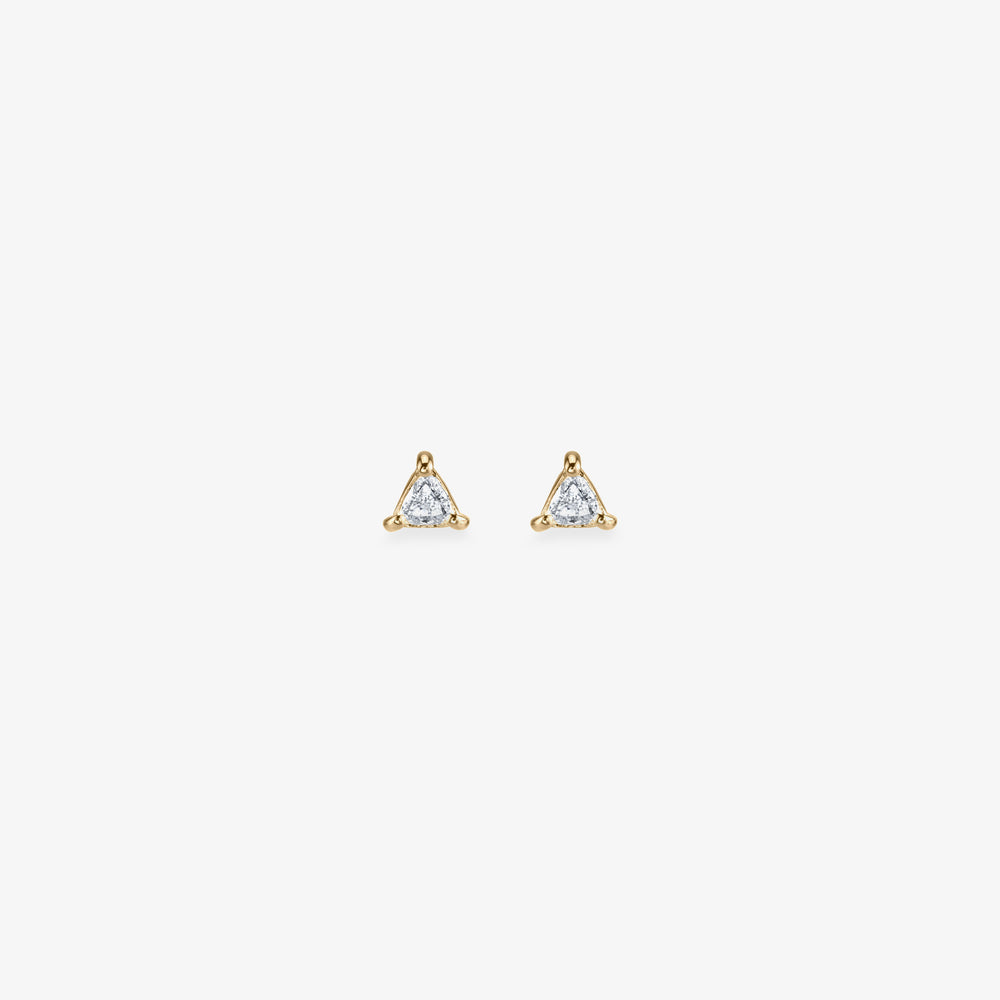 Triangle cut diamond stud. [pair] color:diamond