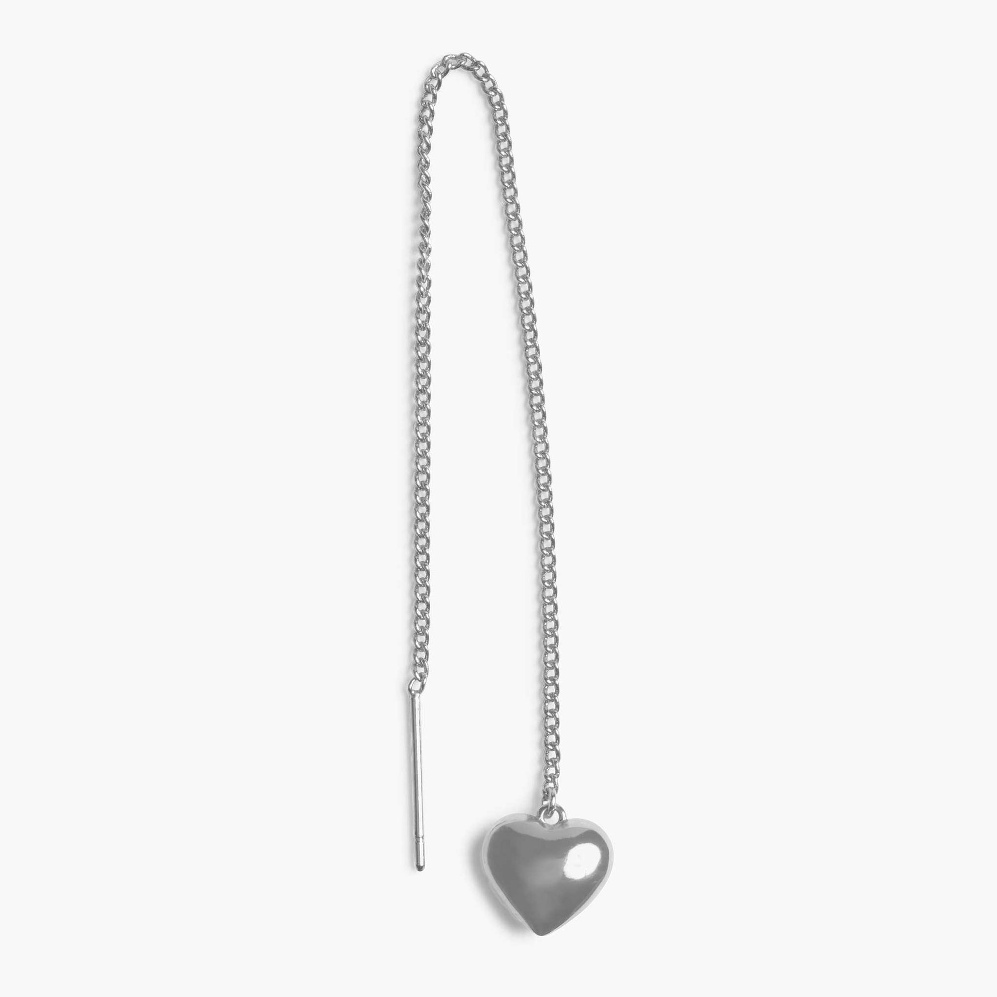 Silver bubble heart on a silver threader. color:silver