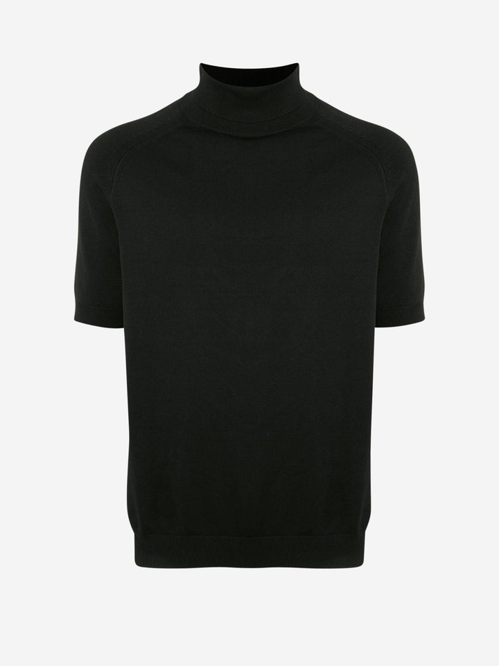 Short sleeved turtleneck sweater