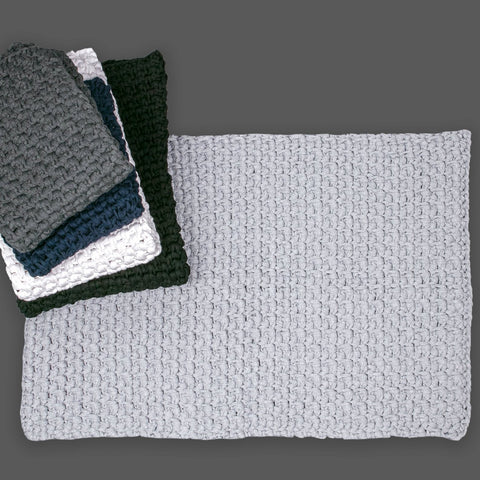 60cm by 100cm Moss Stitch Mat
