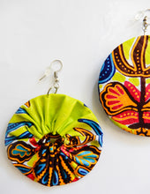 Load image into Gallery viewer, African Wax Print Earrings