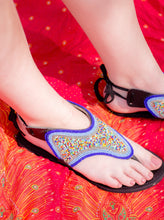 Load image into Gallery viewer, side view of the moonlight sandal
