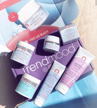 Load image into Gallery viewer, Trendmood Box X First Aid Beauty
