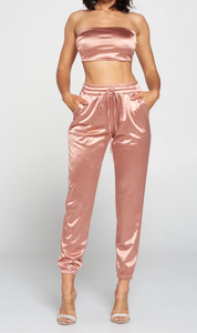 Are you ready to look stunning in this rose gold sultry satin set?   92% Polyester, 8% Spandex Made in the US