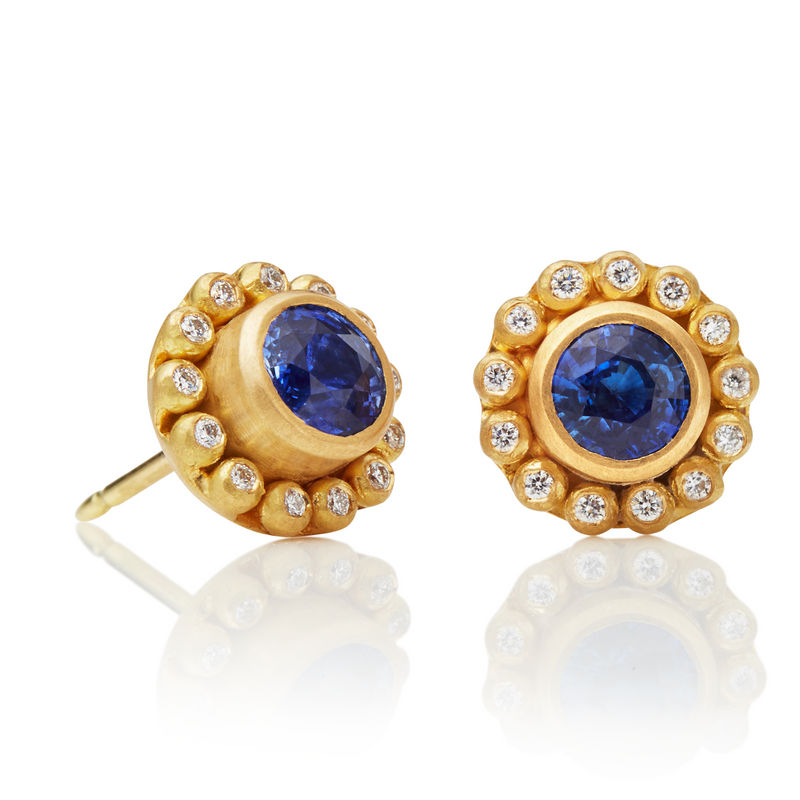 Classic Earrings with Round Blue Sapphires