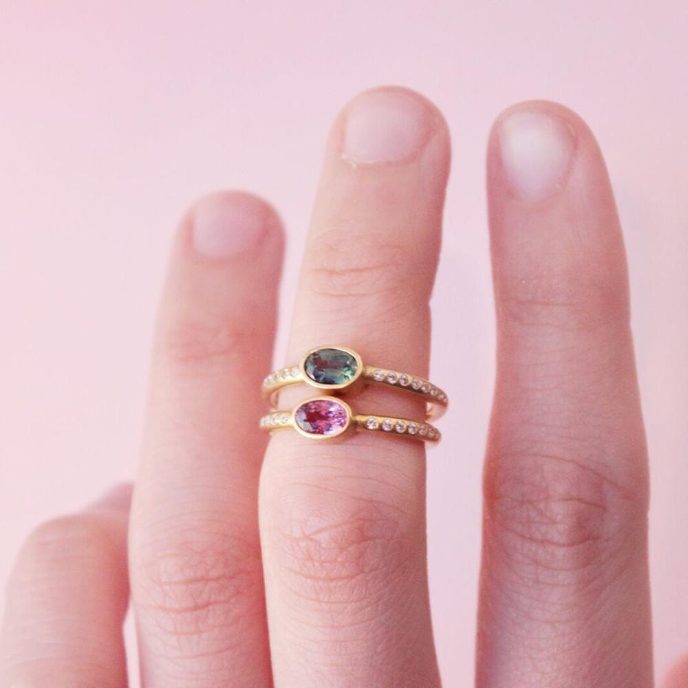 Hoopstock Ring with Pink Sapphire