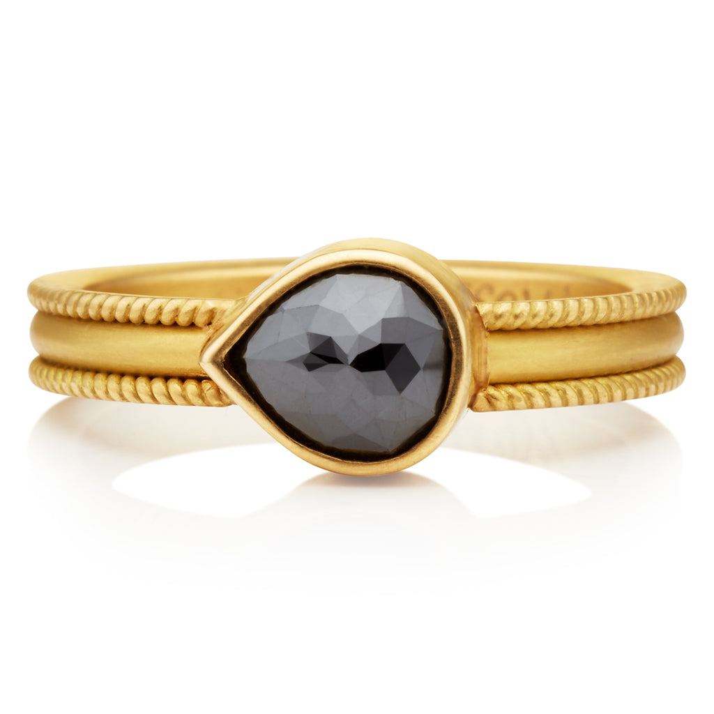 Ribbon Ring Teardrop Black Diamond
