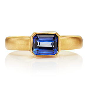 Sonoma Ring with Dark Blue Sapphire