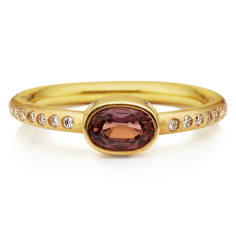 Hoopstock Plum Sapphire Ring in 20K Peach Gold