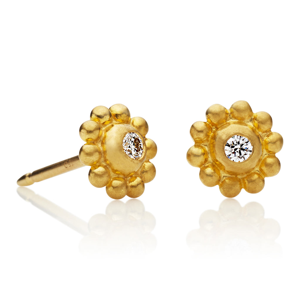 Daisy Studs in 22K Apricot Gold