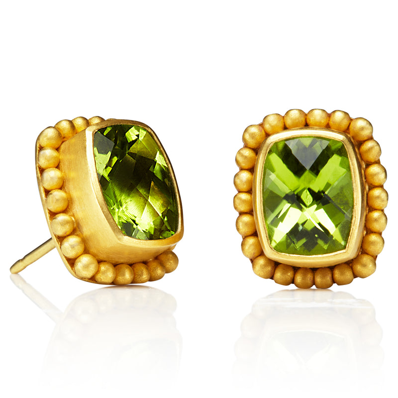 Classic Earrings with Peridot