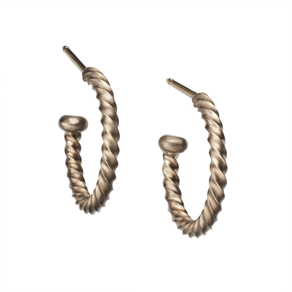 Twisted Regular Hoops