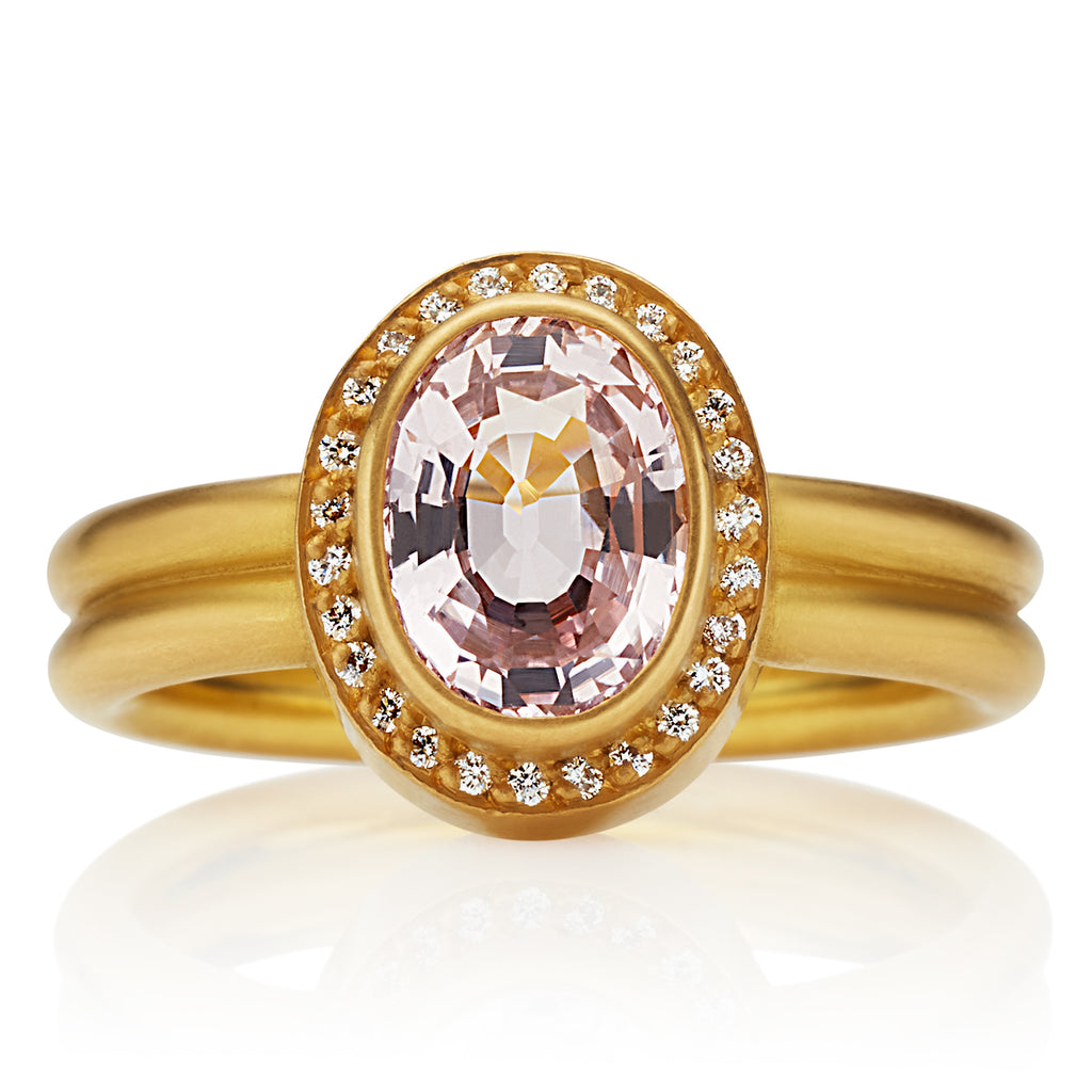 Sahara Ring with Oval Dusty Pink Sapphire